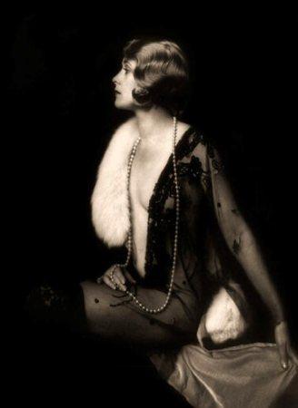 art deco jewelry of the roaring twenties flappers yearsafter s blog